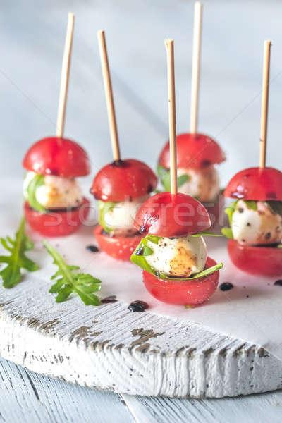 Ensalada caprese aperitivos alimentos fondo mesa Foto stock © Alex9500