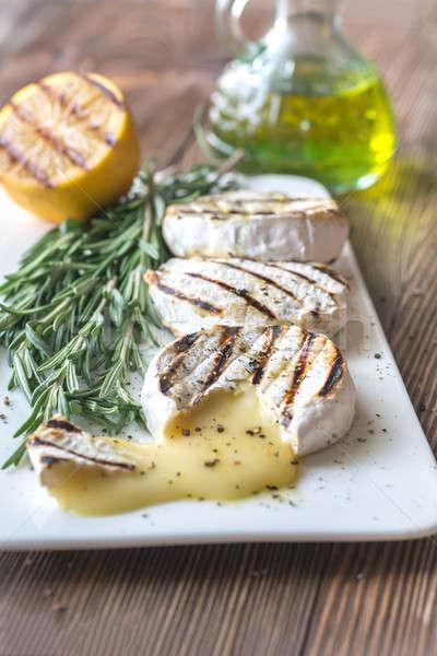 Stok fotoğraf: ızgara · camambert · peynir · zeytinyağı · biberiye · tablo