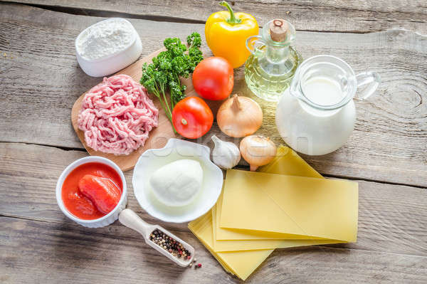 Foto stock: Ingredientes · lasaña · mesa · queso · carne