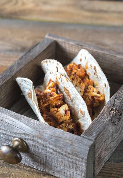 Tacos piccante cavolfiore finestra bordo mexican Foto d'archivio © Alex9500