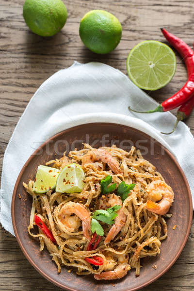 Thai fried rice noodles with shrimps Stock photo © Alex9500