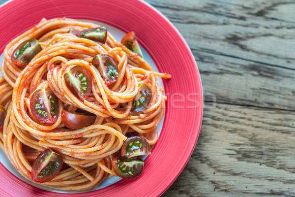 Spaghettis tomates cerises fond restaurant pâtes Photo stock © Alex9500