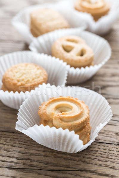 Beurre cookies table en bois papier alimentaire fond Photo stock © Alex9500