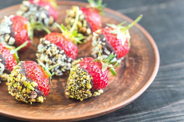 Vers aardbeien gedekt pure chocola noten voedsel Stockfoto © Alex9500