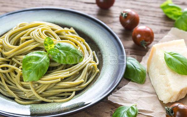 Porción espaguetis ingredientes fondo restaurante pasta Foto stock © Alex9500