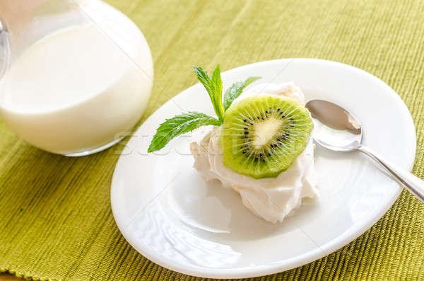 Pavlova meringue with kiwifruit slices Stock photo © Alex9500