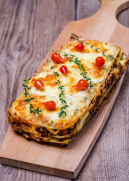 ラザニア 木製のテーブル 食品 チーズ ディナー ストックフォト © Alex9500