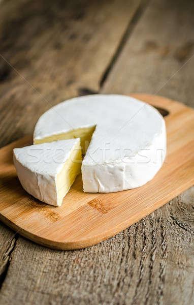 Cabeça queijo camembert comida tabela café da manhã branco Foto stock © Alex9500