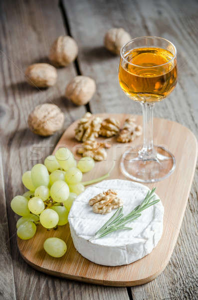 Camembert with walnuts and grape Stock photo © Alex9500