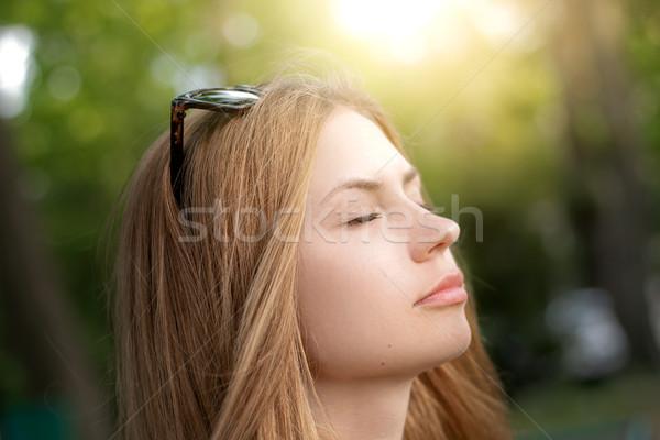 Kız güneş portre genç güzel bahar Stok fotoğraf © alexaldo