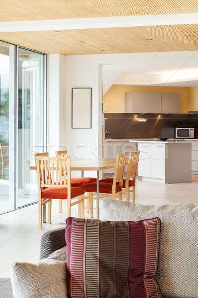 Eetkamer keuken berg huis moderne architectuur Stockfoto © alexandre_zveiger
