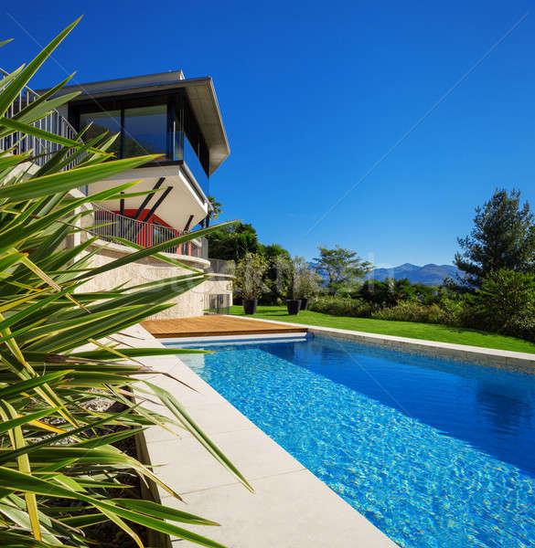 Nuevos arquitectura hermosa moderna casa aire libre Foto stock © alexandre_zveiger