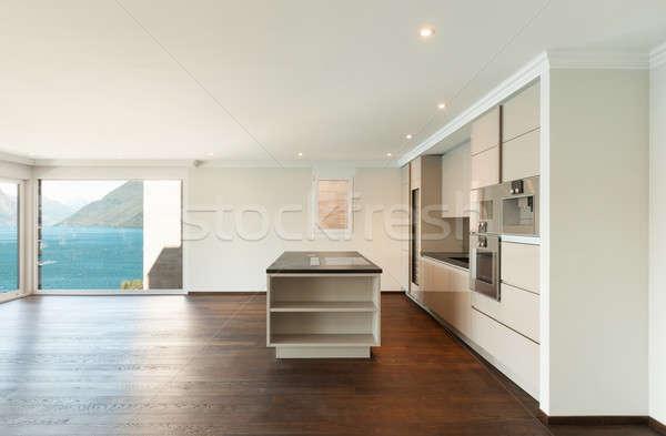 Mooie moderne huis keuken breed venster Stockfoto © alexandre_zveiger