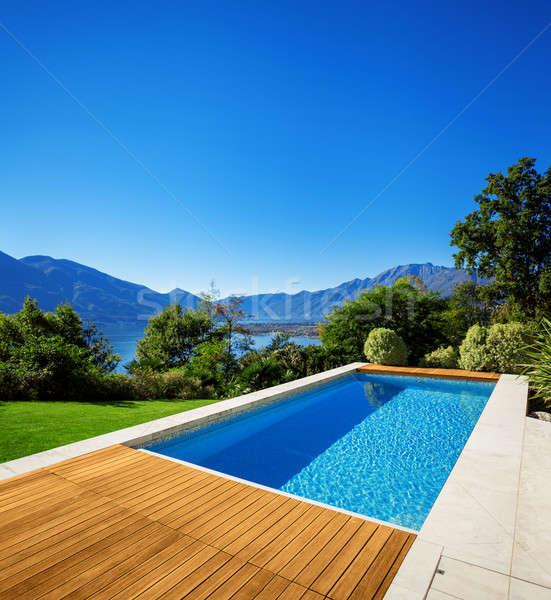 Nieuwe architectuur mooie moderne huis outdoor Stockfoto © alexandre_zveiger
