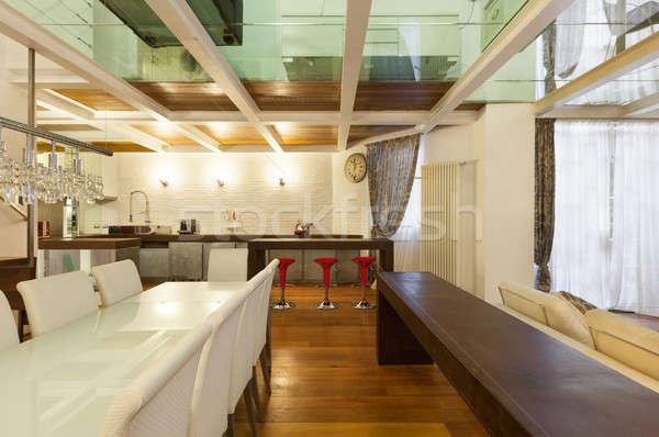 Intérieur large grenier salle à manger architecture modernes Photo stock © alexandre_zveiger