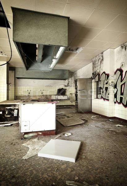 Elhagyatott ház öreg konyha elpusztított belső Stock fotó © alexandre_zveiger