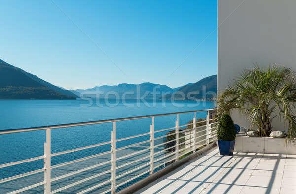 Mooie terras penthouse buiten hemel huis Stockfoto © alexandre_zveiger