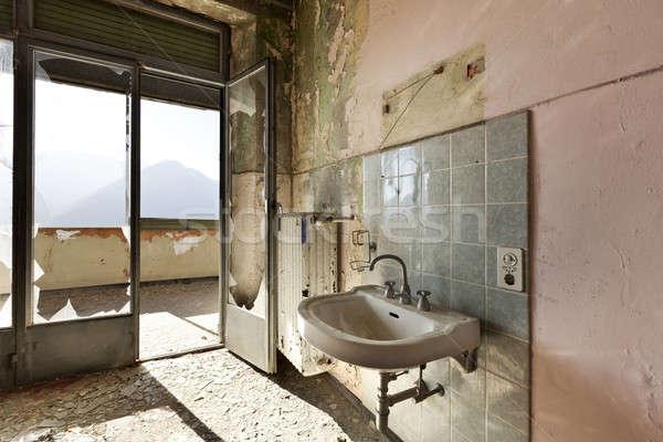 Photo stock: Abandonné · maison · architecture · vieux · évier · lumière