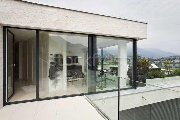 Dış modern bina güzel modern ev gökyüzü Stok fotoğraf © alexandre_zveiger