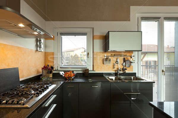 Interieur nieuwe vliering keuken interieur keuken Stockfoto © alexandre_zveiger