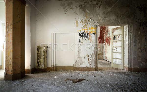 Elhagyatott ház építészet öreg épület belső Stock fotó © alexandre_zveiger