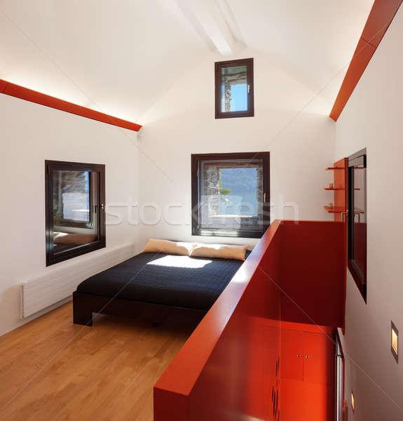 Camera da letto soffitta home spazio verde Foto d'archivio © alexandre_zveiger