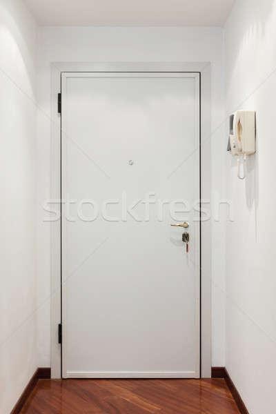 Entree deur appartement interieur muur Stockfoto © alexandre_zveiger