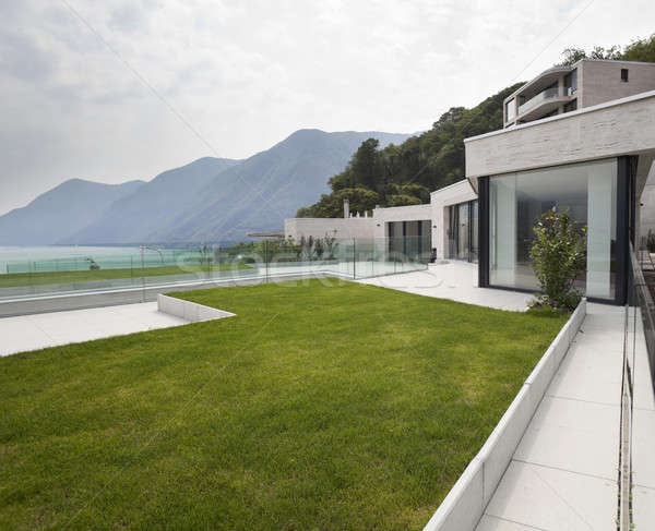 Dış modern bina güzel modern ev görmek Stok fotoğraf © alexandre_zveiger