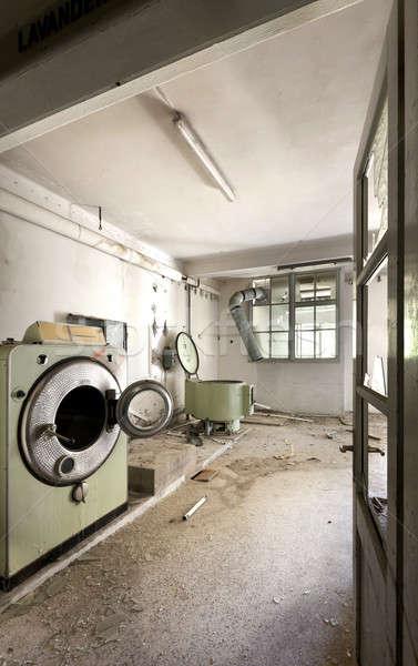 Elhagyatott ház építészet épület öreg szennyes Stock fotó © alexandre_zveiger