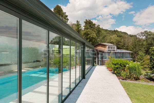 Hegy ház szabadtér modern építészet otthon üveg Stock fotó © alexandre_zveiger