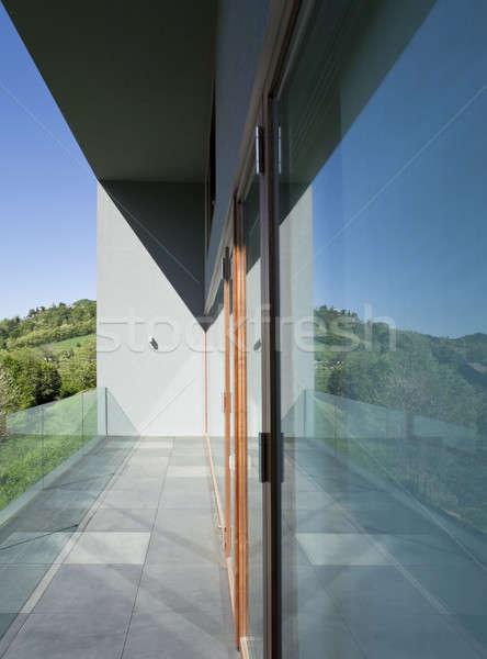 Buitenkant balkon moderne stijl villa moderne huis Stockfoto © alexandre_zveiger