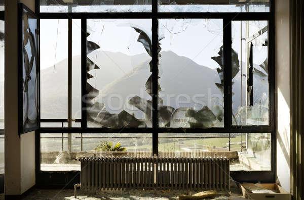 捨てられた 家 建物 ウィンドウ 割れたガラス インテリア ストックフォト © alexandre_zveiger