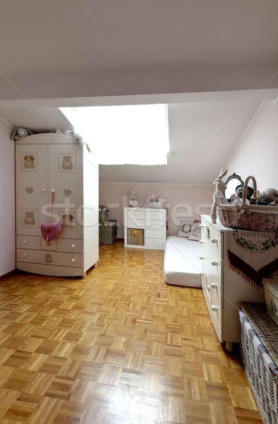Interni bella appartamento piccolo camera da letto Foto d'archivio © alexandre_zveiger