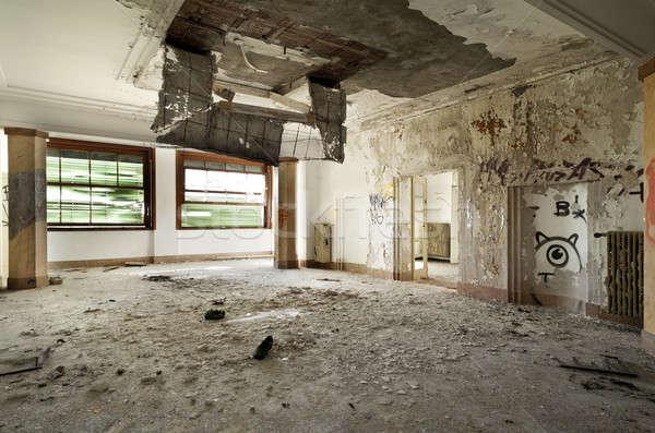 Elhagyatott ház építészet épület nagy szoba Stock fotó © alexandre_zveiger