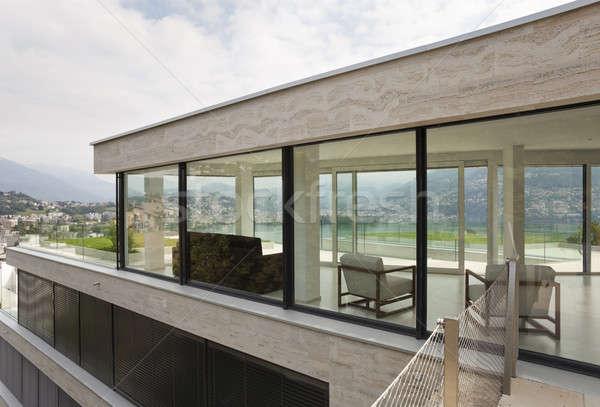 Dış modern bina güzel modern ev ev Stok fotoğraf © alexandre_zveiger