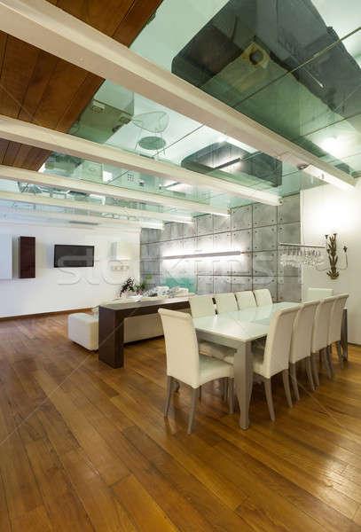 Interni ampia sala da pranzo architettura moderno Foto d'archivio © alexandre_zveiger