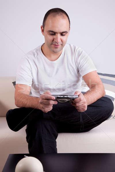 Man spelen video games model mannen kamer Stockfoto © alexandrenunes