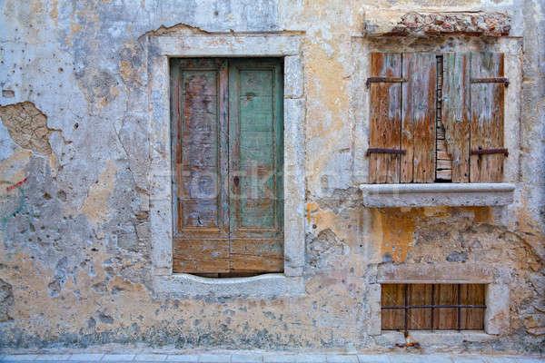 Zaniedbany domu stary dom Chorwacja drzwi Zdjęcia stock © alexeys