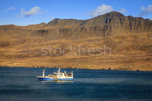 Pescaria navio comercial oriental Islândia céu Foto stock © alexeys