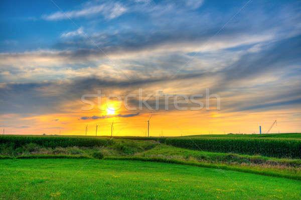Moulin à vent ferme coucher du soleil nouvellement central Indiana Photo stock © alexeys