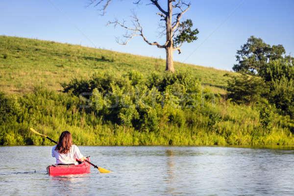 Caiaque lago mulher pequeno central Kentucky Foto stock © alexeys