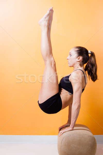 Tornász fiatal nő előad padló sport fitnessz Stock fotó © alexeys