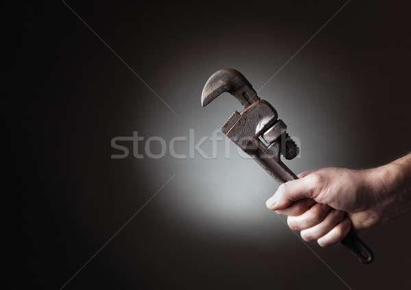 Llave mano tubería hombre trabajo Foto stock © alexeys