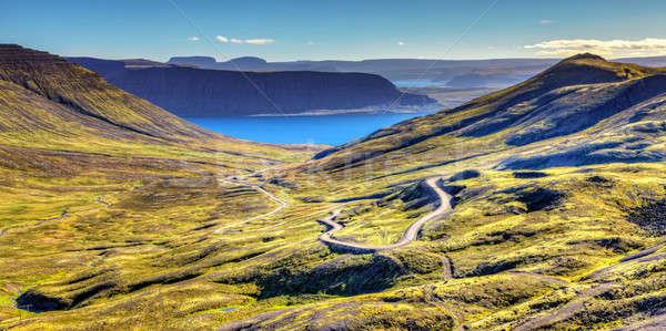 Cênico ver Islândia céu mar verde Foto stock © alexeys