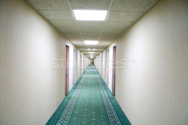 Hotel pasillo punto de fuga perspectiva negocios luz Foto stock © alexeys