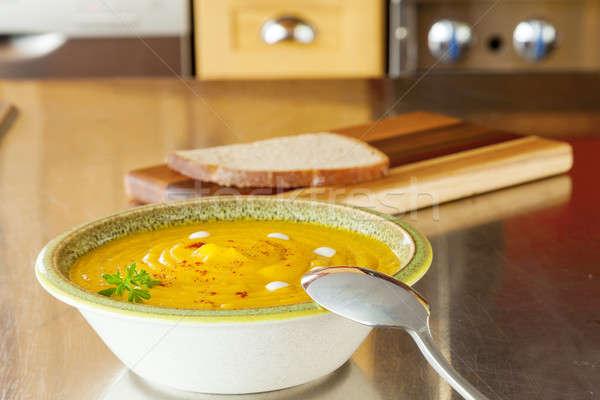 Sütőtök leves tál kenyér konyhapult konyha Stock fotó © alexeys