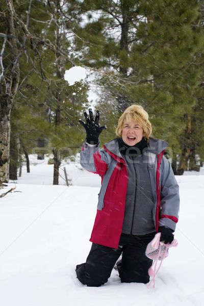 Palla di neve divertimento attivo pensione donna giocare Foto d'archivio © alexeys