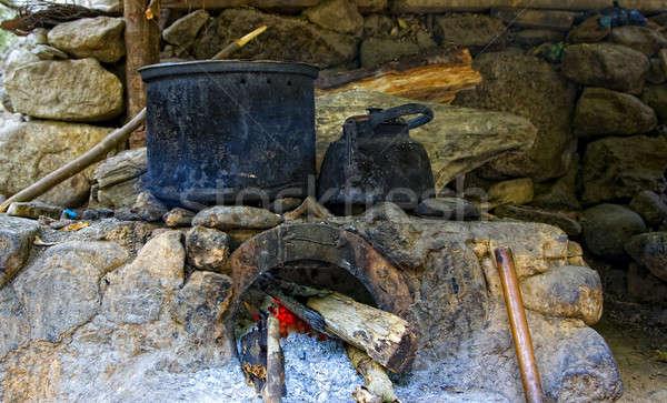 Fogão cozinha rural casa madeira pedra Foto stock © alexeys
