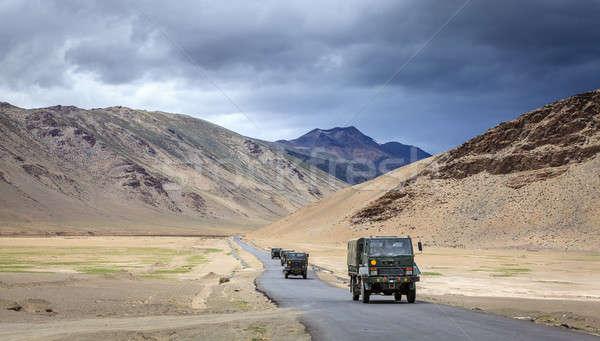 Yol plato askeri kamyonlar hareketli bölge Stok fotoğraf © alexeys