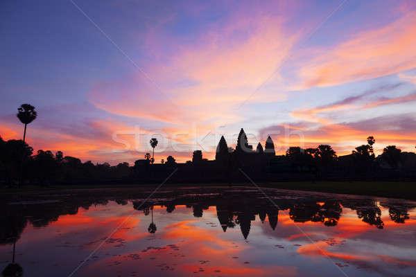 Angkor Wat nascer do sol belo Camboja céu Ásia Foto stock © alexeys